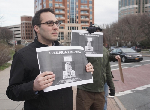 Peter LaVenia at Assange support rally