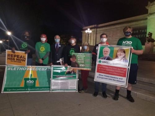 Howie Hawkins & supporters at debate rally